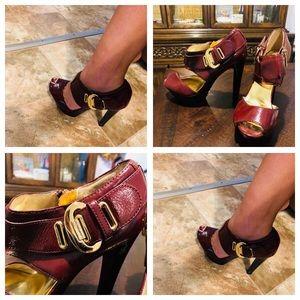 Michael Kors platform burgundy heels 👠 size 7